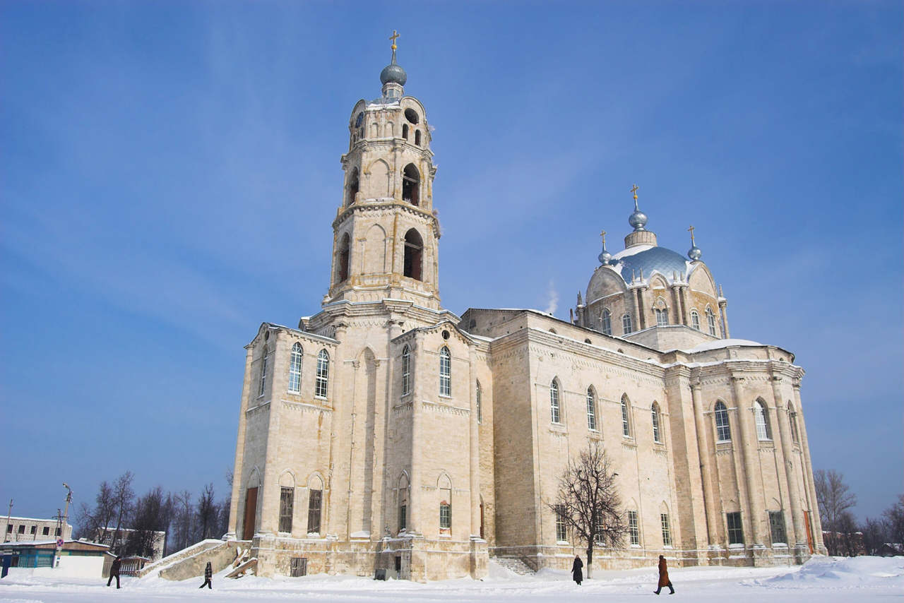 A giant orthodox church in pseudo gothic style with elements of Baroque and Classicism, only one dome over the central part of the church and a small one of the bell tower